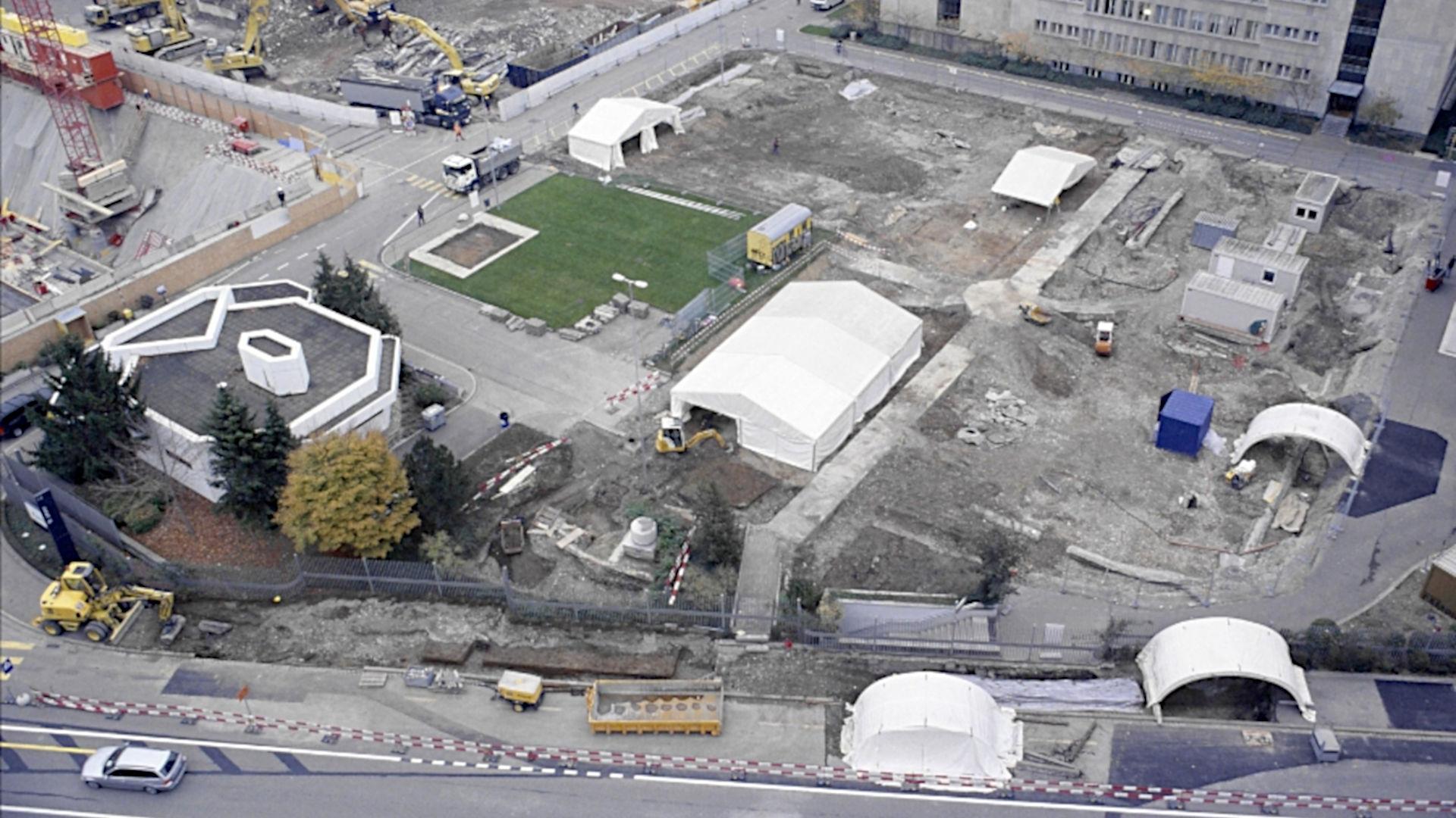Basel, Gasfabrik. Luftbild der Gräberfelder