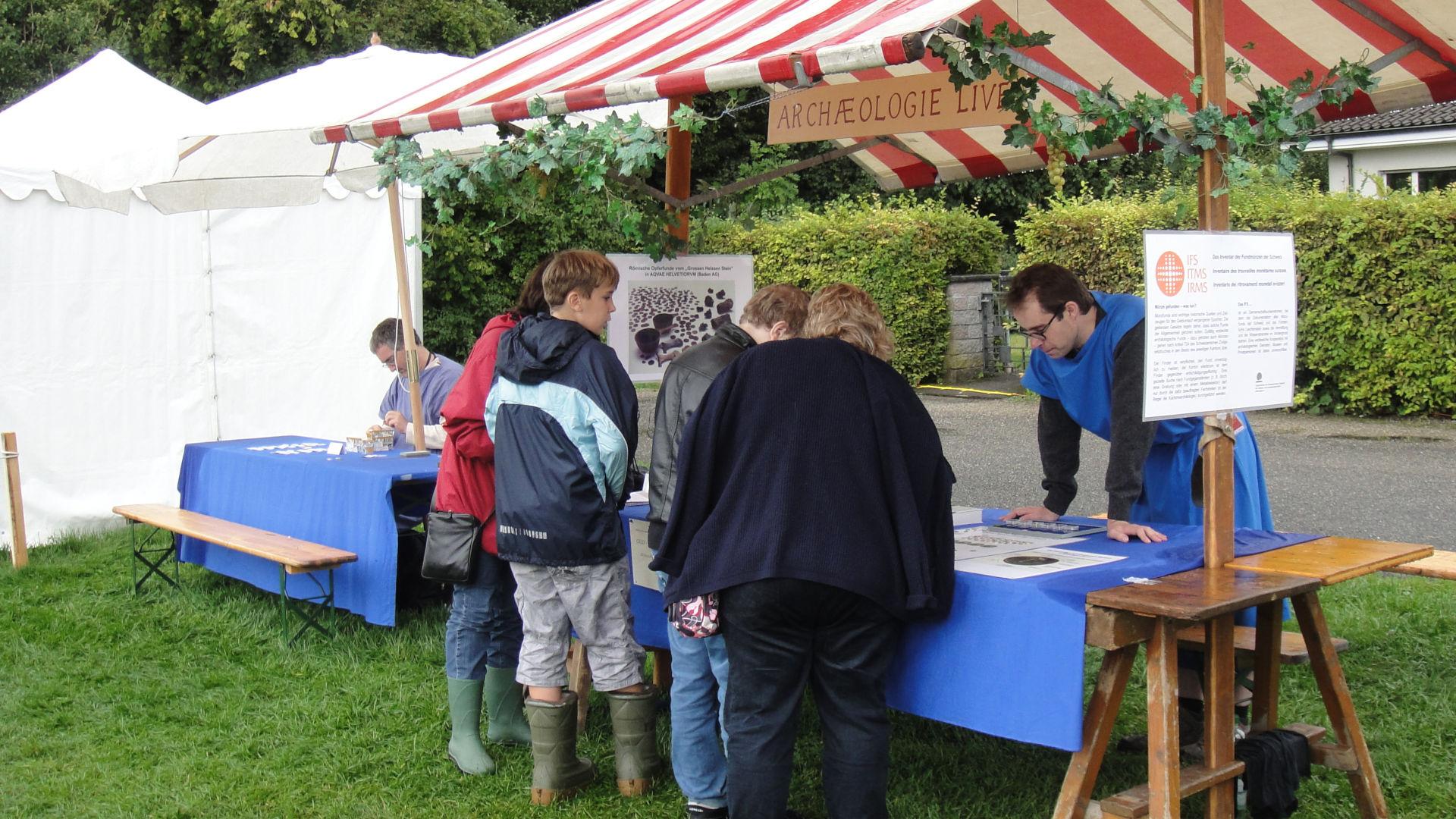 Der Stand des IFS am Römerfest 2010 in Augst