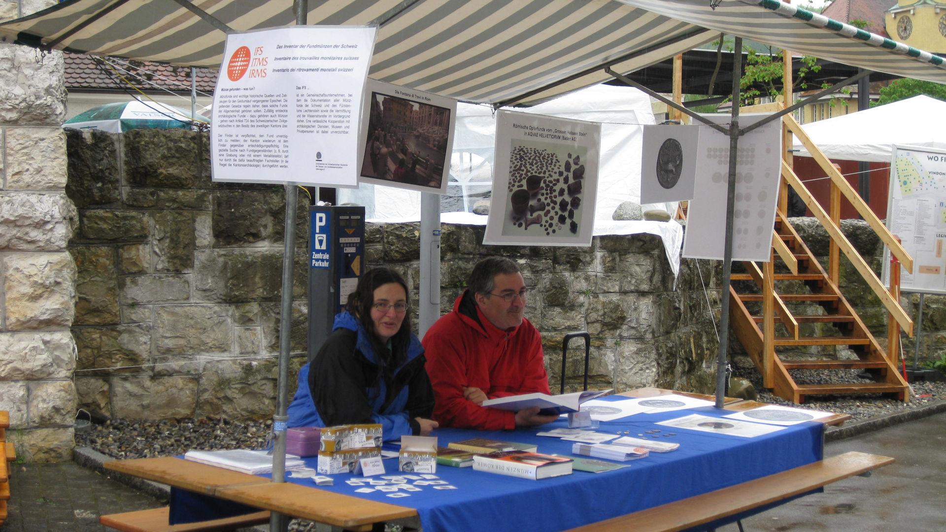 Der Stand des IFS am Römertag 2010 in Brugg