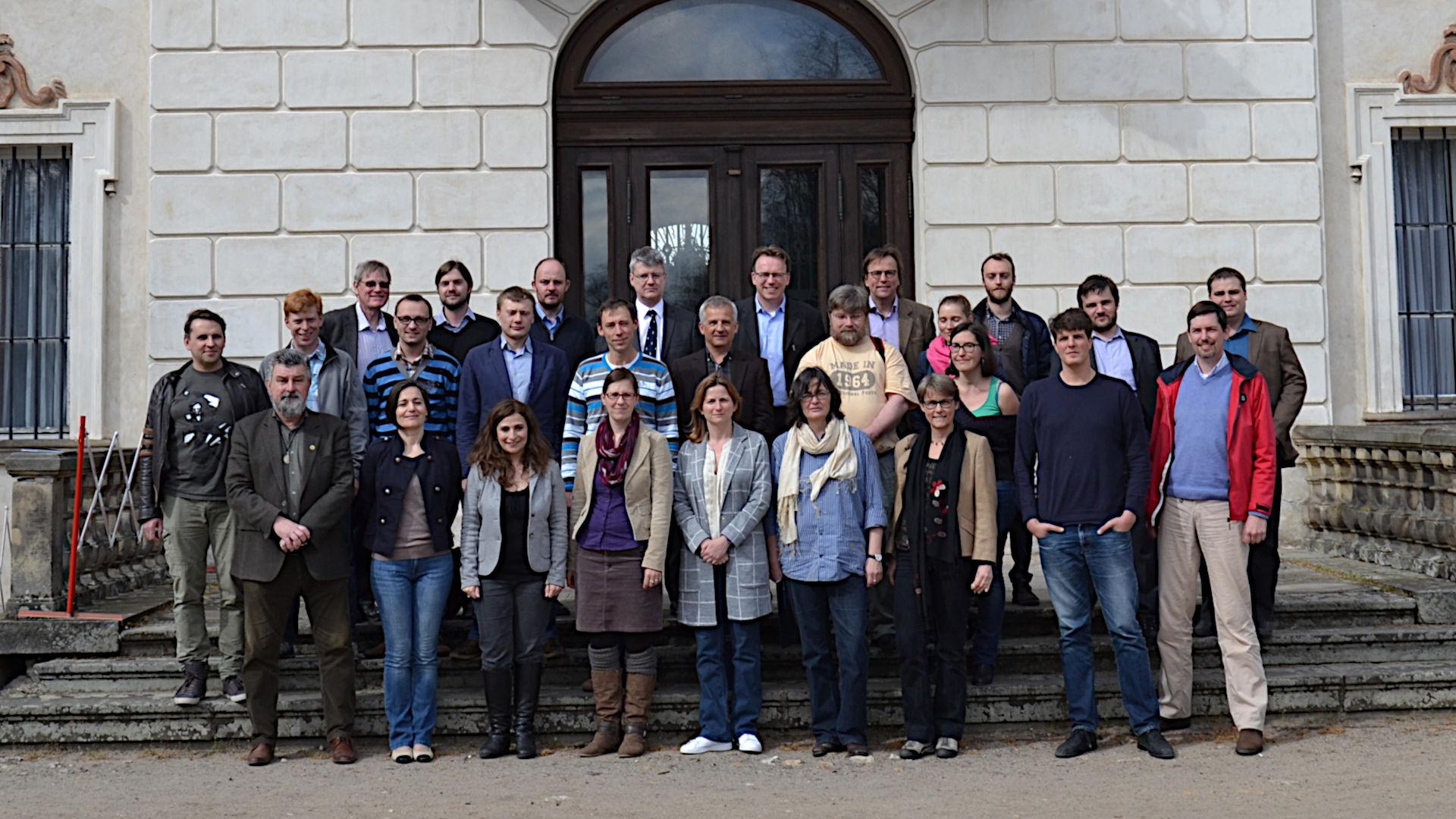Gruppenbild der Teilnehmer am ECFN/Nomisma.org-Meeting in Nieborów